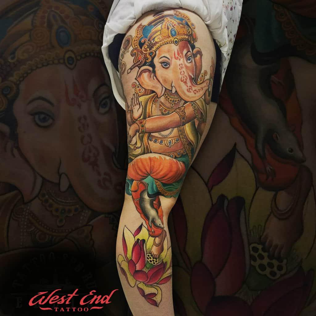 Цветные женские тату
