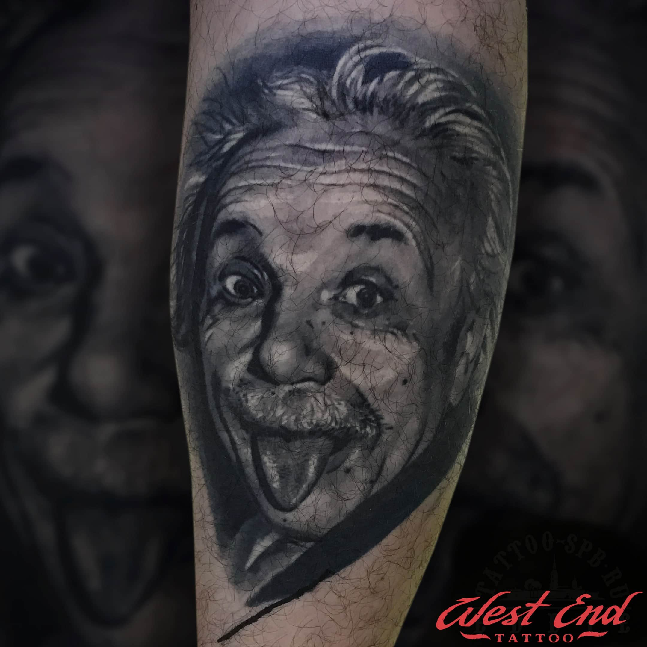 Тату портрет Эйнштейна на руке