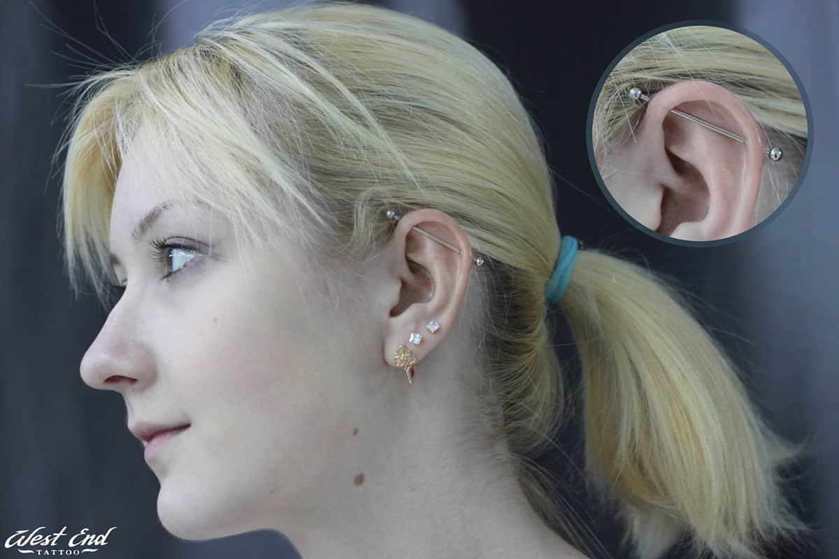 Индустриальный прокол уха