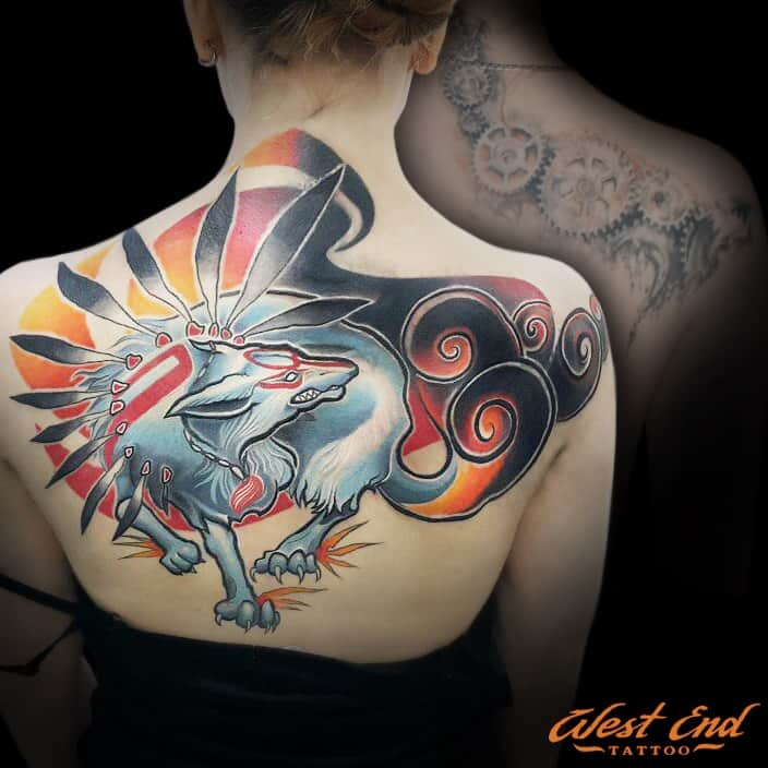 Цветные тату на спине