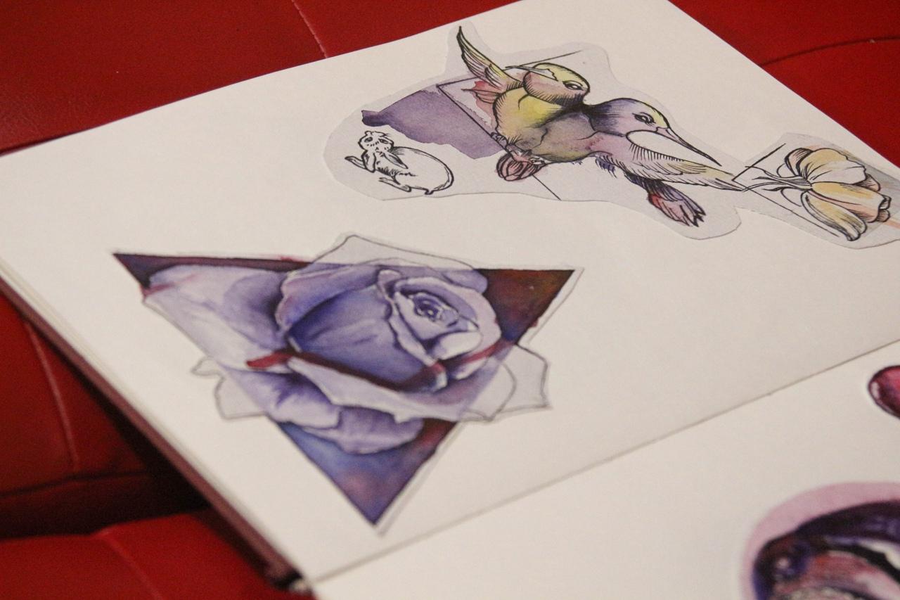 Эскиз синяя роза и птицы